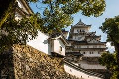 Il castello bianco dovuto la sua parete di pietra elegante ed esterna Immagine Stock Libera da Diritti