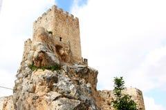 Il castello del Moorish della città andalusa Zuheros Fotografia Stock