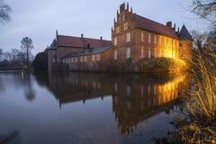 il castello dell'acqua herten la Germania nella sera Immagine Stock Libera da Diritti