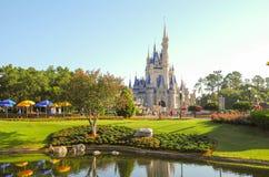 Il castello di Cenerentola di mattina fotografie stock libere da diritti