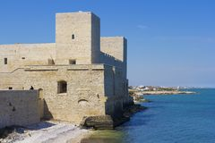 Il Castello di Trani: Puglia Italia Royaltyfri Fotografi