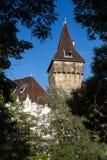 Il castello di Vajdahunyad è un castello nel parco della città di Budapest, unno Fotografia Stock