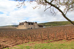 Il castello du Clos de Vougeot in Borgogna immagine stock