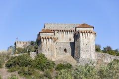 Il castello medievale della città di Ourem immagini stock