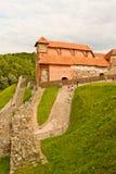 Il castello superiore tiene sulla collina di Gediminas a Vilnius Immagine Stock
