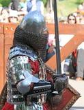Il cavaliere medievale durante la battaglia Fotografie Stock Libere da Diritti