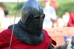 Il cavaliere medievale prima della battaglia Ritratto Fotografia Stock