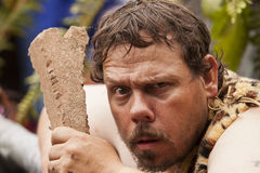 Il Caveman scopre la canapa Immagini Stock
