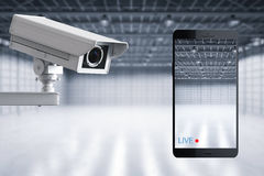 Il cellulare si collega con la videocamera di sicurezza illustrazione vettoriale