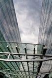 Il centro architettonico di affari della costruzione è ciano Fotografie Stock