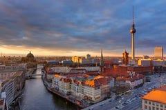 Il centro di Berlino al tramonto Fotografia Stock Libera da Diritti