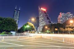 il centro finanziario di caiwuwei della vista di notte della città di Shenzhen Fotografia Stock Libera da Diritti