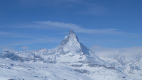 Il Cervino: Il gioiello delle alpi svizzere Fotografia Stock