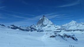 Il Cervino: Il gioiello delle alpi svizzere Immagini Stock Libere da Diritti