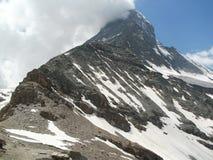 Il Cervino 4478 m. dalla capanna Wallis Alps di Hörnli Fotografia Stock