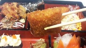 Il cibo del pesce ha fritto la farina in un ristorante giapponese fotografie stock libere da diritti