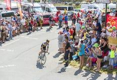 Il ciclista Bram Tankink su Col du Glandon - Tour de France 2015 Fotografie Stock Libere da Diritti