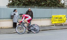 Il ciclista Cyril Lemoine - 2016 Parigi-piacevole Immagine Stock