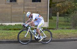 Il ciclista Eduard Grosu - 2019 Parigi-piacevole fotografie stock libere da diritti