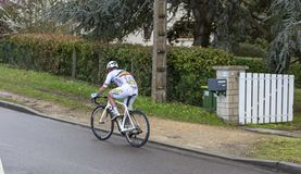 Il ciclista Eduard Grosu - 2019 Parigi-piacevole immagine stock libera da diritti