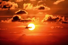 Il cielo arancio Immagine Stock