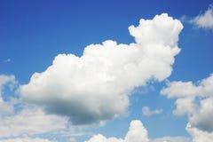 Il cielo con le nuvole Immagini Stock