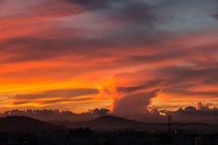 Il cielo dell'oro con la nuvola dell'oro Fotografia Stock Libera da Diritti