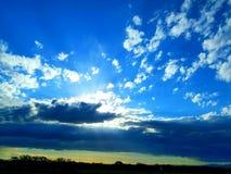 Il cielo della regolazione del sole Fotografia Stock Libera da Diritti