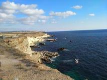 Il cielo di Sebastopoli del sole dell'estate della Crimea si appanna il viaggio Immagine Stock Libera da Diritti