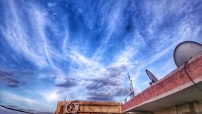 Il cielo e la magia delle nuvole immagine stock