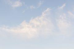 Il cielo e le nubi fotografia stock