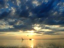 Il cielo ed il sole in nubi 2 Fotografia Stock Libera da Diritti