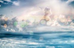 Il cielo si appanna il bokeh del fondo dell'alba di arte Immagine Stock