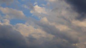 Il cielo si appanna l'orizzonte stock footage