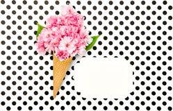 Il ciliegio fiorisce l'etichetta della carta del cono della cialda del gelato Immagine Stock Libera da Diritti