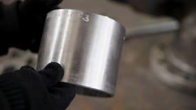 Il cilindro del metallo stock footage