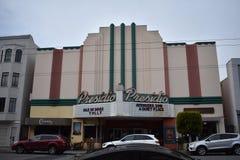 Il cinema di Presidio, uno di ultimi teatri originali ha lasciato a San Francisco immagini stock