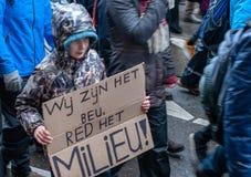 Il clima marzo Amsterdam della gente immagine stock libera da diritti