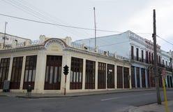 Il coloniale alloggia la facciata Fotografie Stock Libere da Diritti