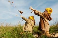 Il colore giallo ricopre gli gnomes Fotografia Stock
