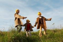 Il colore giallo ricopre gli gnomes Fotografia Stock Libera da Diritti