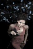 Il colore rosso rosso del vestito è aumentato fotografie stock libere da diritti