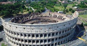 Il Colosseo romano stock footage