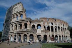 Il Colosseum o il Colosseo, anche conosciuto come Flavian Amphitheatre - Roma fotografie stock libere da diritti