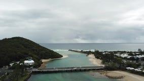 Il colpo di azione, burleigh innaffia, vista di oceano della Gold Coast stock footage