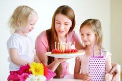 Il compleanno della mamma Fotografie Stock Libere da Diritti