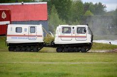 Il complesso mobile universale per il salvataggio e l'estinzione di incendio nei posti difficili da raggiungere al Noginsk salvan Fotografie Stock Libere da Diritti