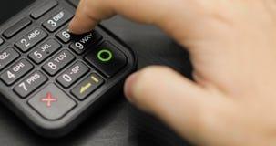 Il compratore effettua il pagamento dalla carta di credito Imposti il codice del perno video d archivio