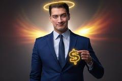 Il concetto dell'investitore di angelo con l'uomo d'affari con le ali immagine stock