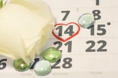 Il concetto delle feste con un calendario Fotografia Stock Libera da Diritti
